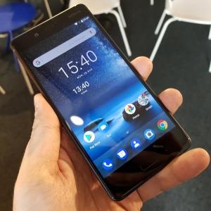 Nokia 8:n tärkeimmät ominaisuudet videolla