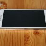 Galaxy S4 Mini vasen reuna