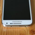 Galaxy S4 Mini yläreuna