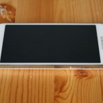 Galaxy S4 Mini oikea reuna