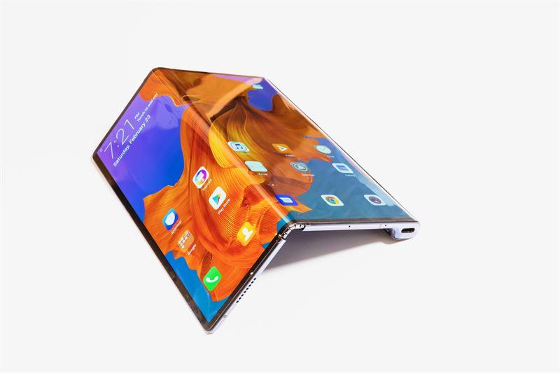 Huawei julkaisi taittuvan Huawei Mate X -älypuhelimen